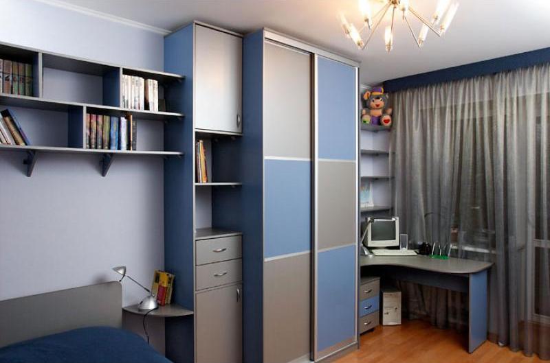 Прямой шкаф для мальчика