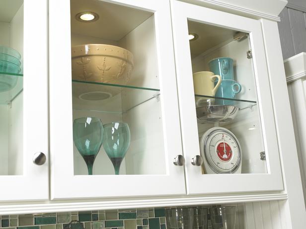 Шкаф для посуды со стеклом своими руками