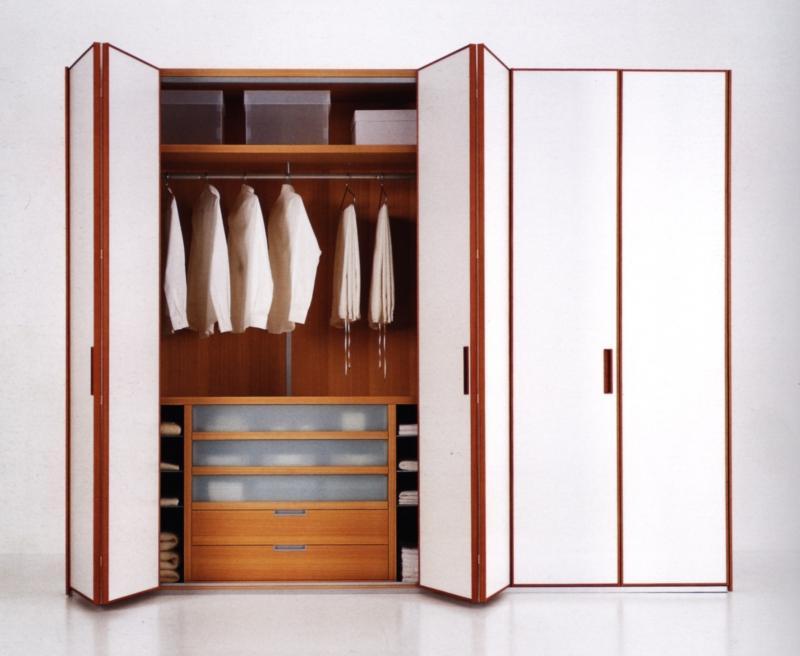 Шкаф с дверями гармошкой как они крепятся