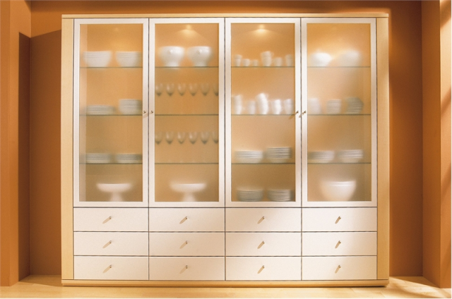 Шкаф с матовым стеклом