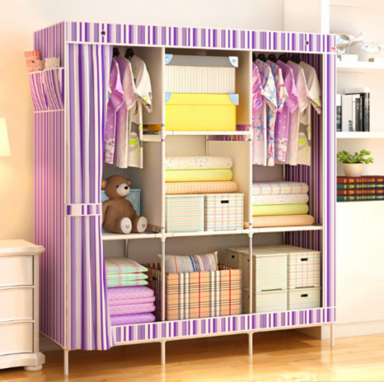 Шкаф с тканевым чехлом ничуть не уступает по вместительности любому другому дорогостоящему шкафу