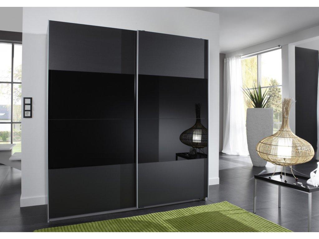 Шкаф в черном цвете