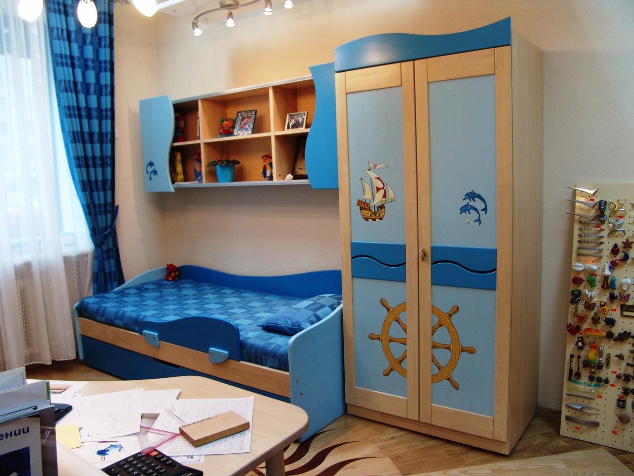 Шкаф в морском стиле