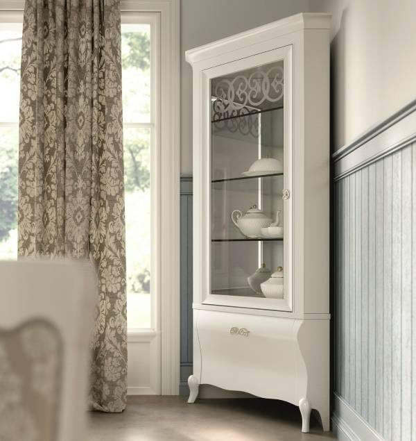 Угловая витрина белая для гостиной