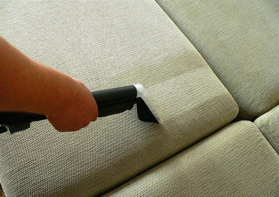 Услуги по чистке мягкой мебели