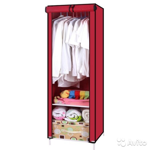 Узкий тканевый шкаф