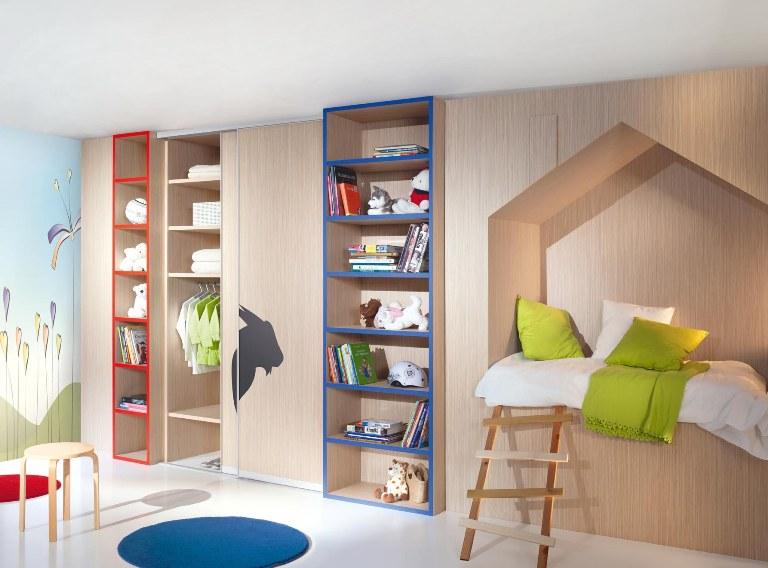 Встроенные шкафы в детскую комнату
