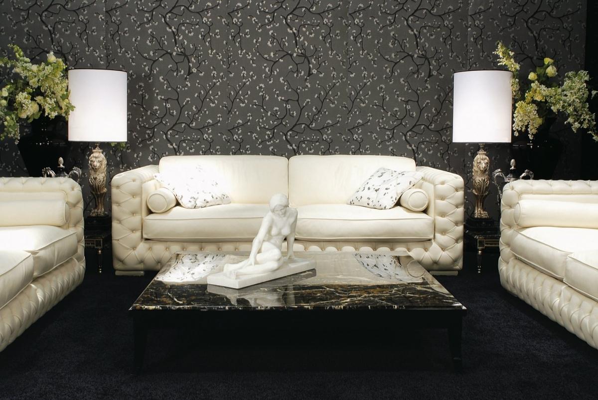 Белая дорогая мягкая мебель