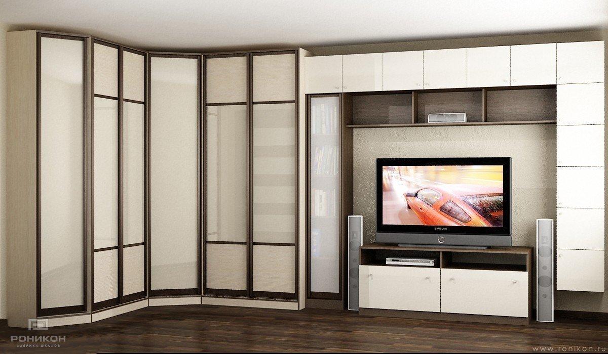 Большой шкаф с нишей под телевизор
