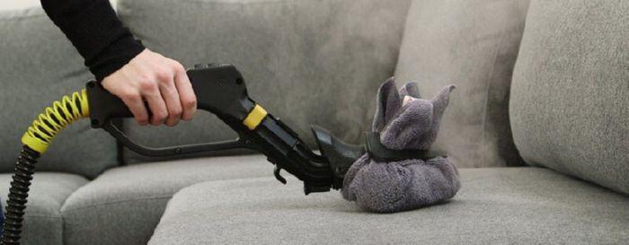 Чистка обивки мягкой мебели паром