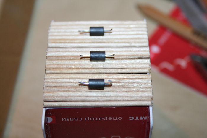 Делаем ручки комода