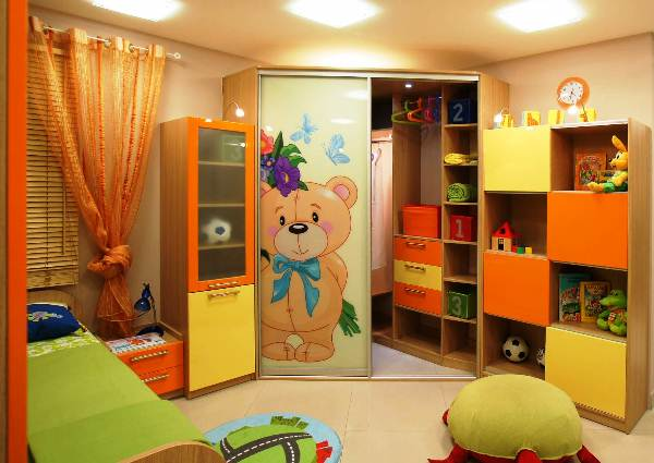 Дизайн фасадов шкафов-купе
