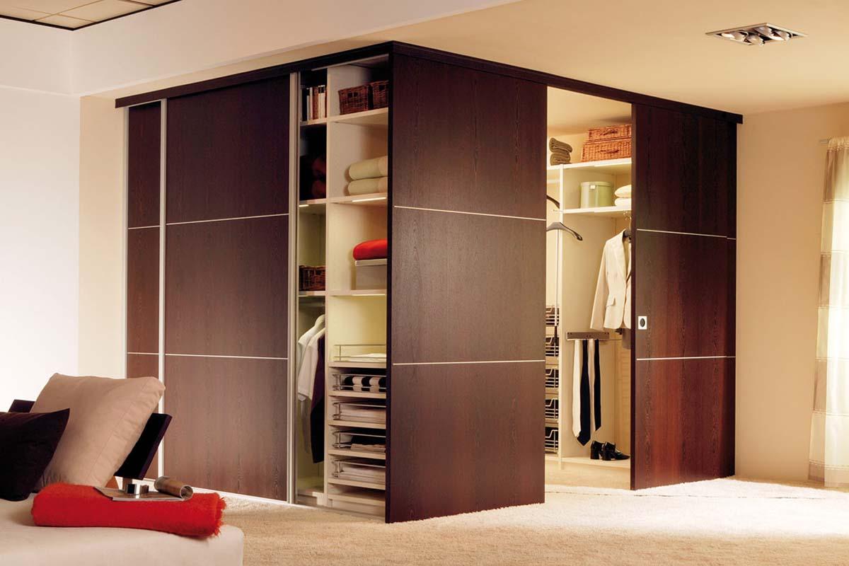 Двери купе в гардеробную - сборка и монтаж