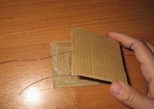 Element-1b-prikleivaem-poverh-skotcha-s-pomoshhyu-Momenta- Шкаф для куклы своими руками из коробки и картона