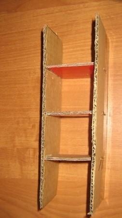 Element-2a-krepim-k-obratnoj-storone-polok-tochno-tem-zhe-sposobom Шкаф для куклы своими руками из коробки и картона