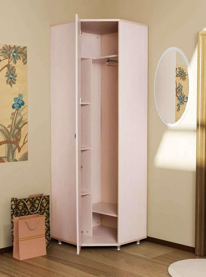 Где разместить шкаф для одежды
