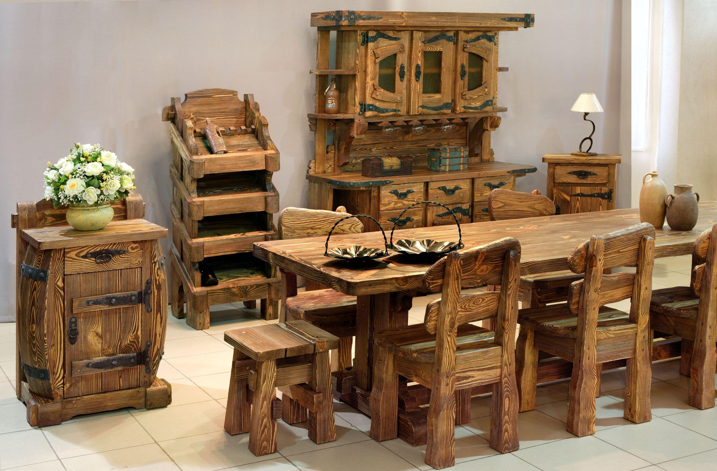 Хорошая мебель из натурального материала