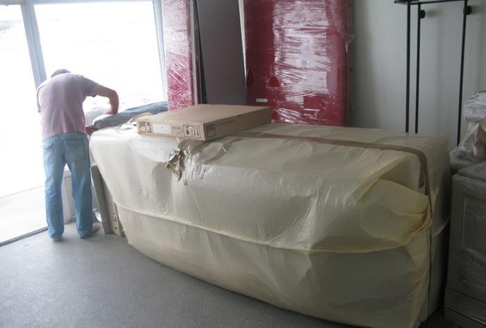 Как перевезти мягкую мебель