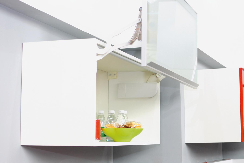 Как сделать мебель на кухне практичной