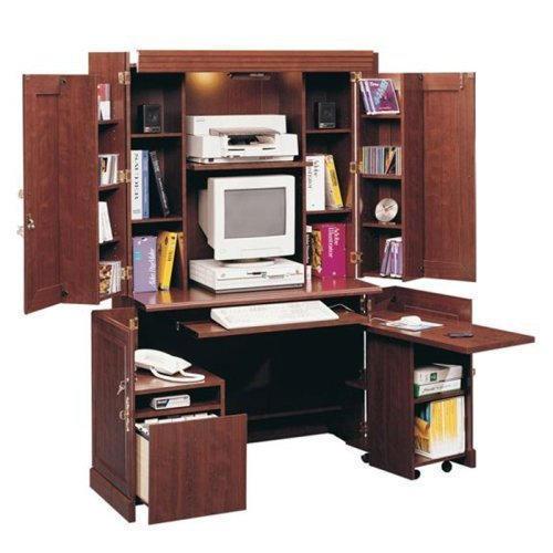 Компьютер в шкафу