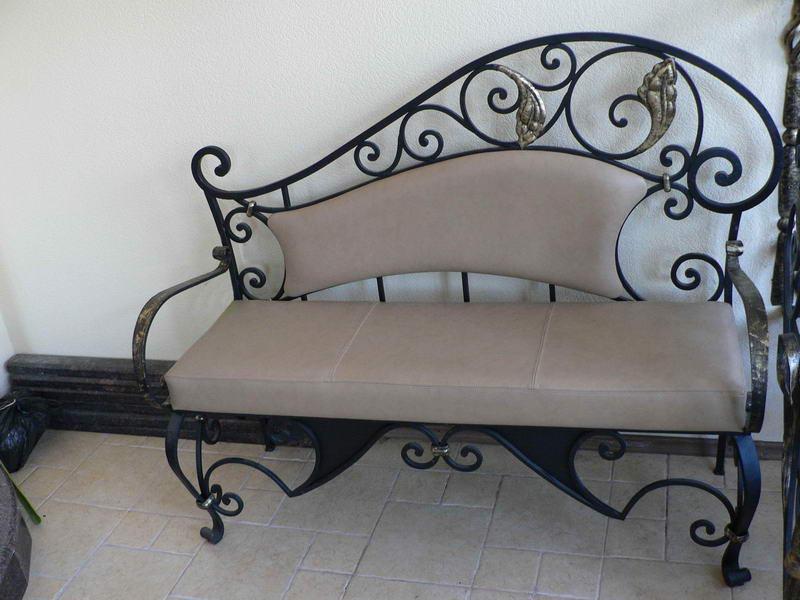 Кованая современная мебель для дома