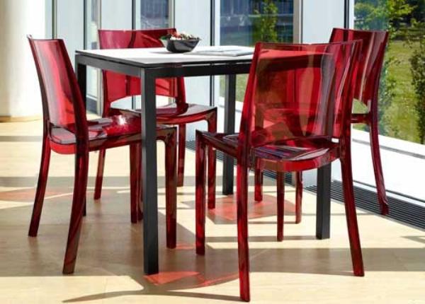 Красные стулья для общепита