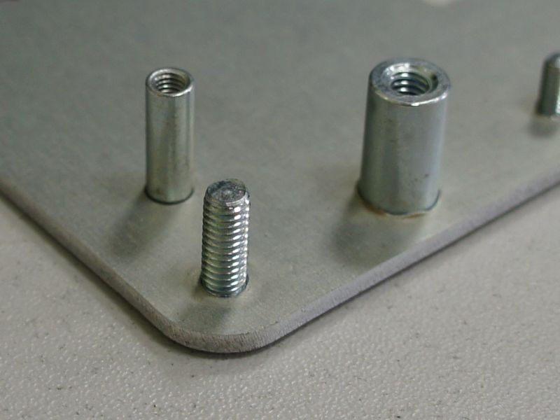 Крепежи для металла