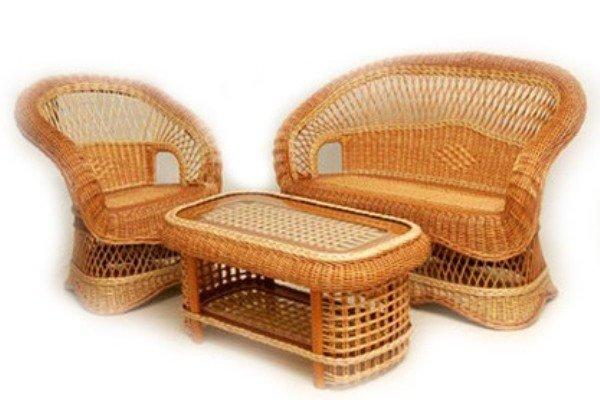 Кресла и диваны на основе дерева
