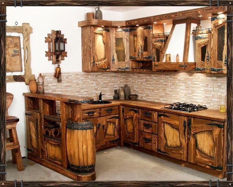Кухонный гарнитур в старорусском стиле