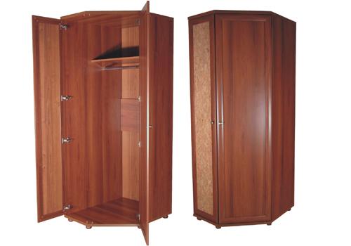 Маленький распашной шкаф