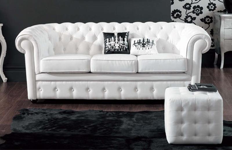 Мягкая белая мебель
