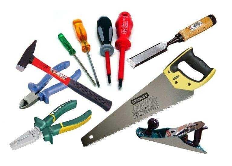 Набор инструментов, необходимых для изготовления шкафа