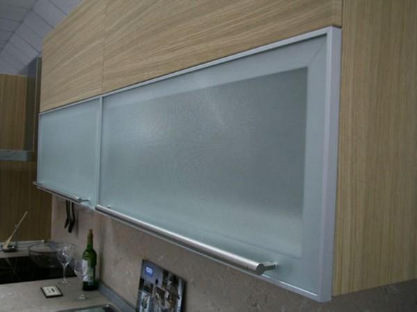 Применение стекла на кухне