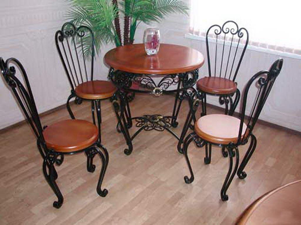 Пример кованой красивой мебели