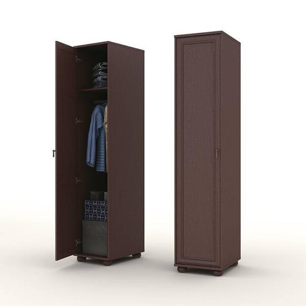 Распашной маленький шкаф