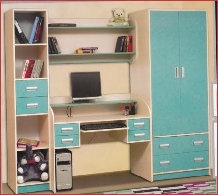 Шкаф бирюзового цвета