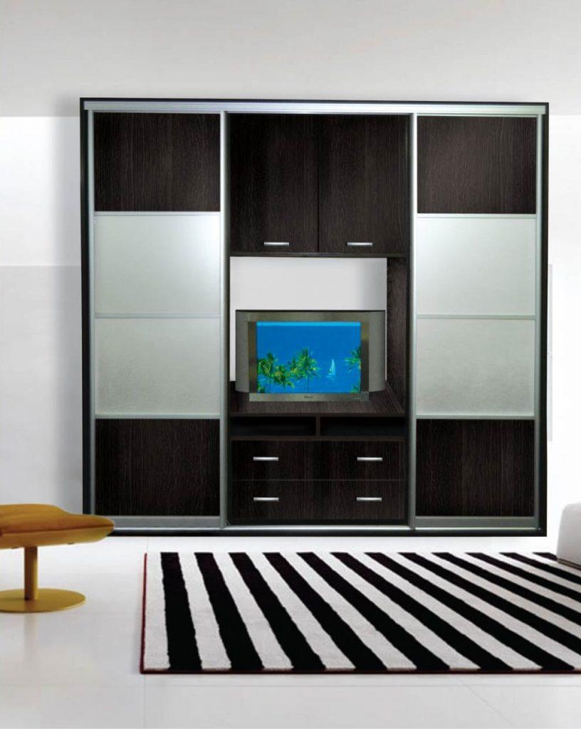 Шкаф купе с полкой для телевизора