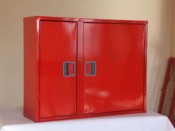 Шкаф пожарный для рукава и огнетушителя