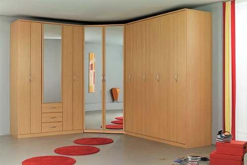 Шкаф с комбинированным фасадом