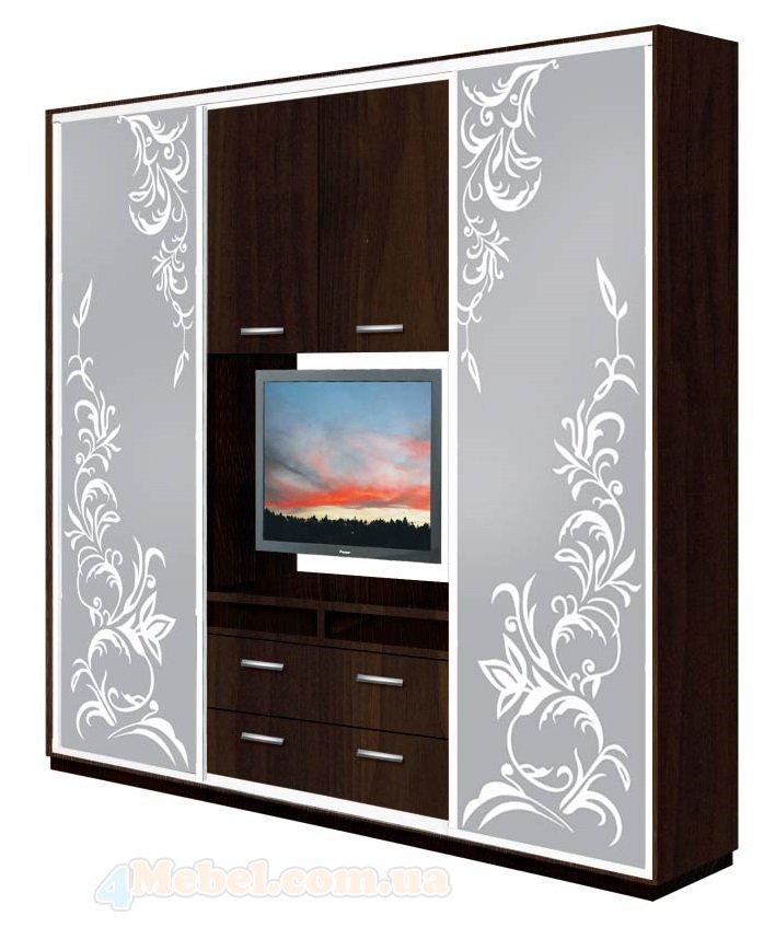 Шкаф с телевизором на стене