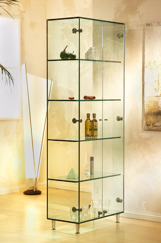Шкаф со стеклом для сувениров