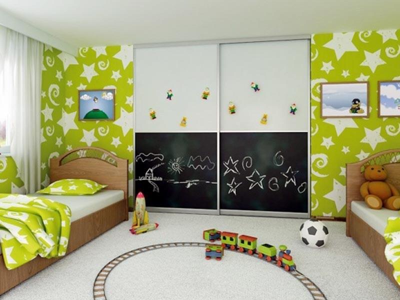 Шкаф в комнату детей