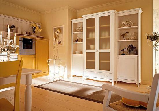 Шкафы и витрины для посуды