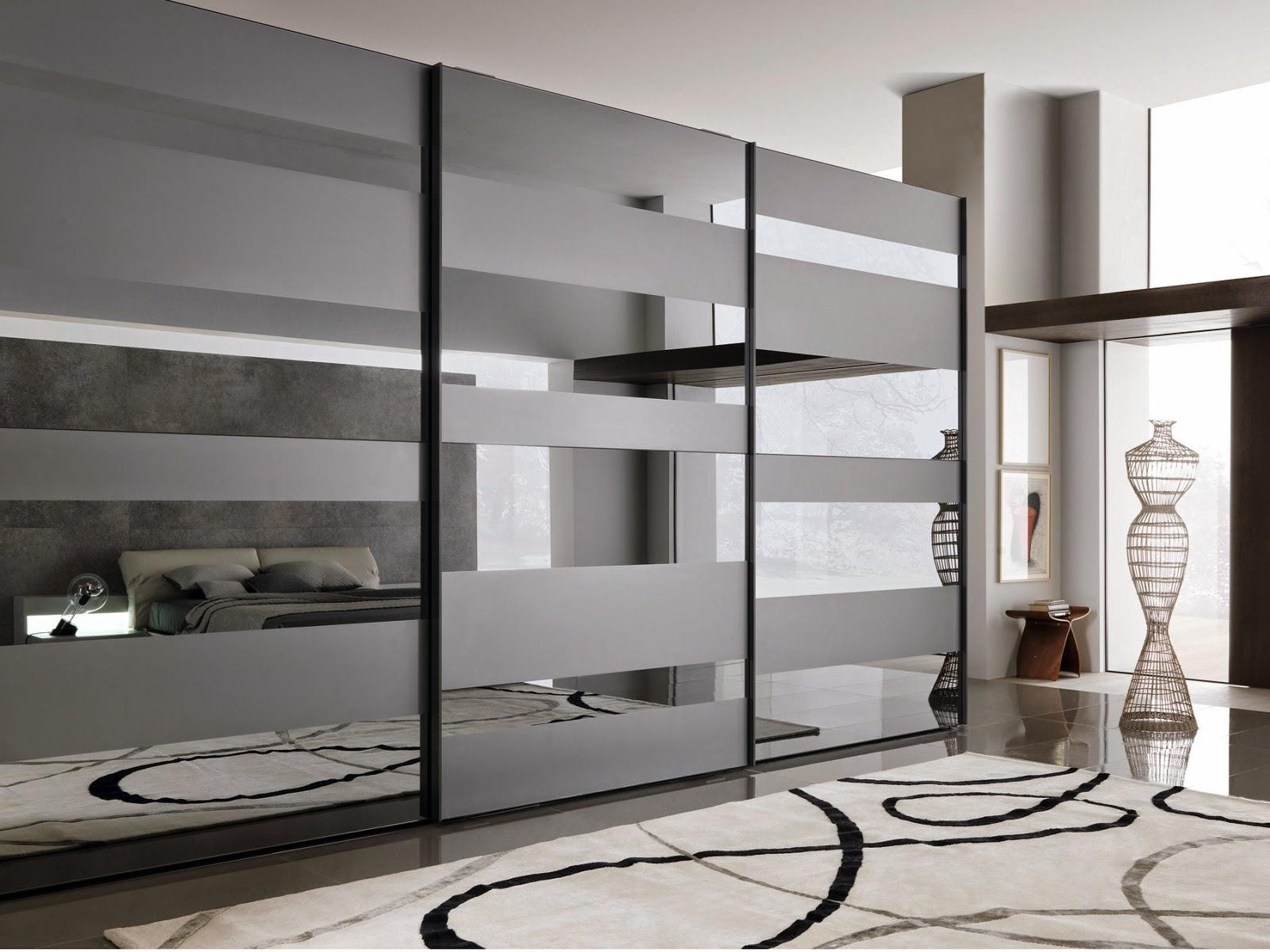 Самые простые и дешевые двери — из МДФ и зеркальные