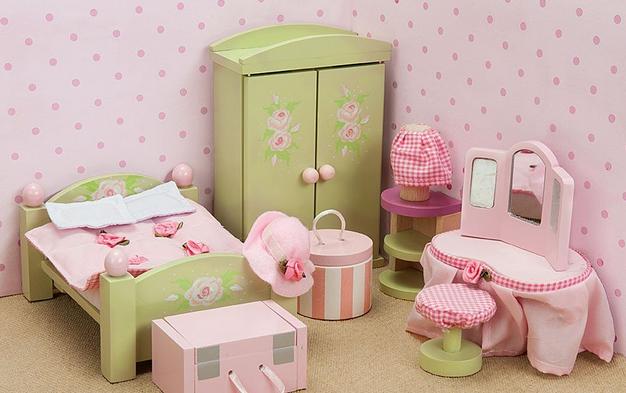 Современная мебель для куклы