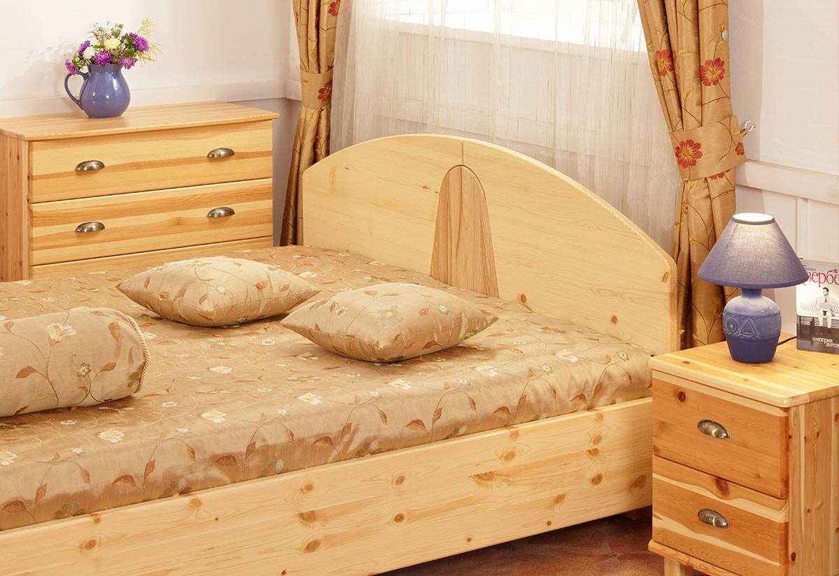 Спальни из карельской сосны