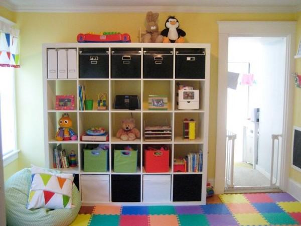 Стеллажи для игрушек в детскую