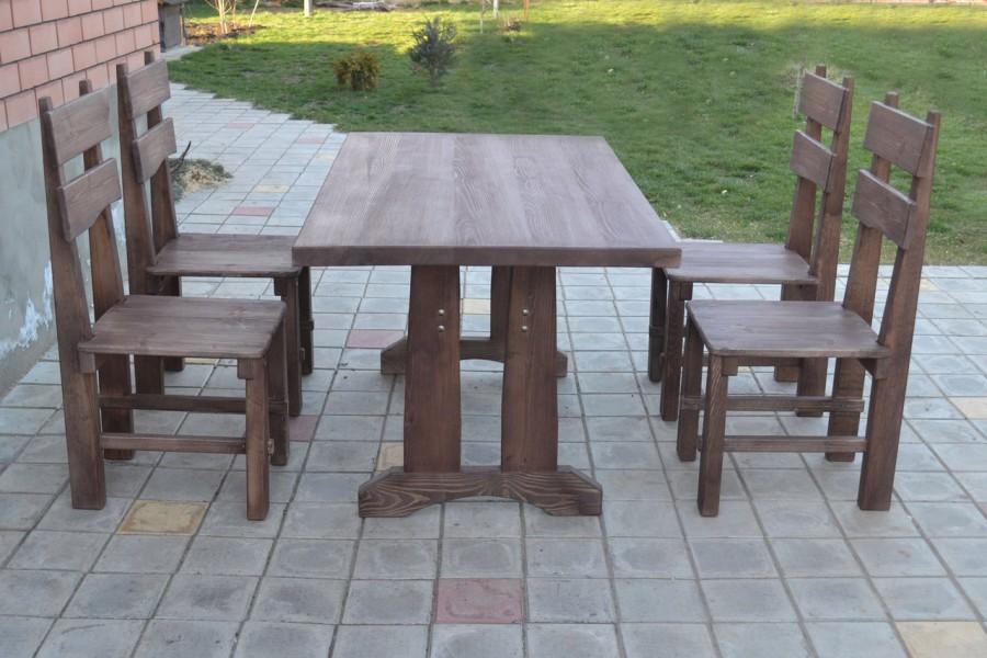 Стол и стулья для сада