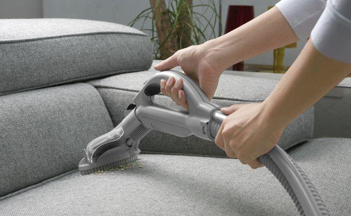Уборка дивана