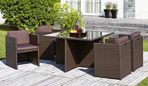 Удобные столы и стулья из ротанга